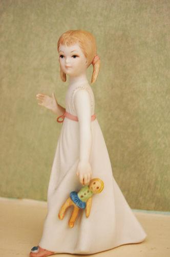 (c) Lindsay Obermeyer doll
