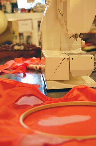 ©2009 Lindsay Obermeyer sewing machine