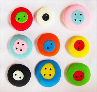 ©Lindsay Obermeyer Steph Buttons