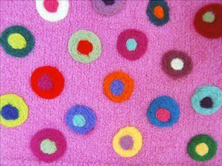©2009 Lindsday Obermeyer Pink dots