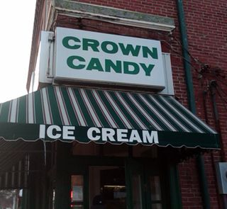 ©2011 Lindsay Obermeyer Crown Candy