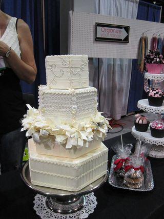 ©2011 Lindsay Obermeyer, CHA, Ribbon King, Ribbon Cake, ribbon