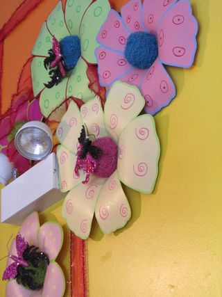 ©2012 Lindsay Obermeyer paper flowers wall decoration