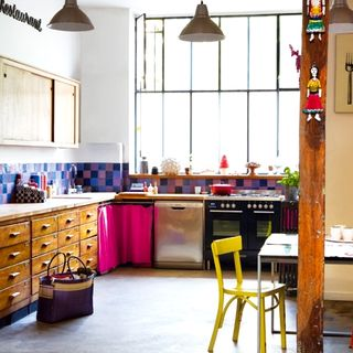 Marie Claire Maison via Apartment Therapy1_03.24.09_Kitchen_rect540