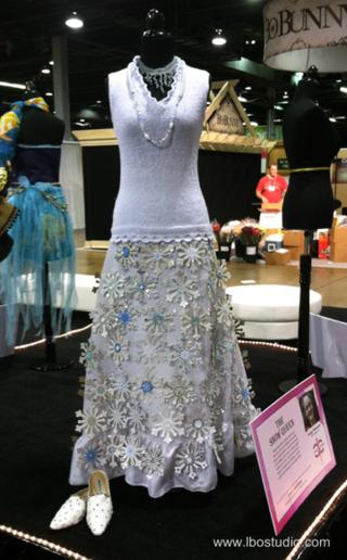 ©2012 Lindsay Obermeyer Lindsay Obermeyer's Snow Queen Gown