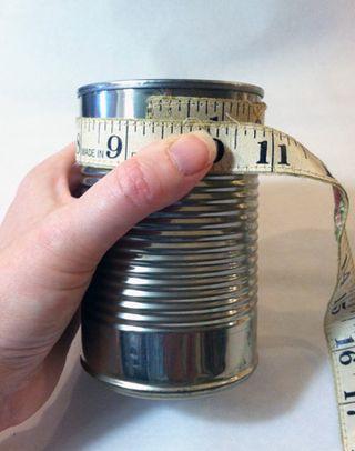 ©2012 Lindsay Obermeyer measuring for Picnic Crafts