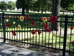 ©2012 Lindsay Obermeyer Yarn Bombing Rogers Park Is Blooming / Day of the Dead