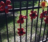 ©2012 Lindsay Obermeyer, Rogers Park Is Blooming, Yarn Bombing, Day of the Dead