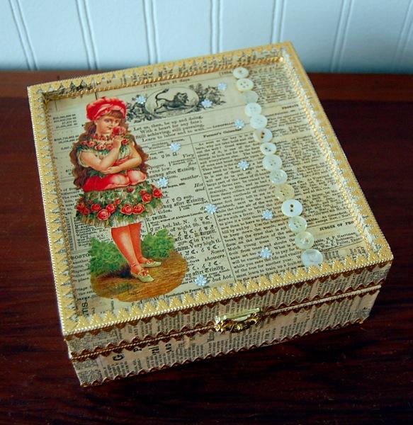 Lindsay Obermeyer treasure box closed