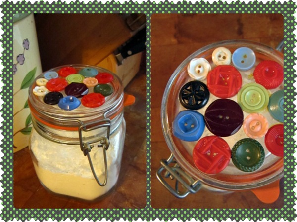 Button jar 3