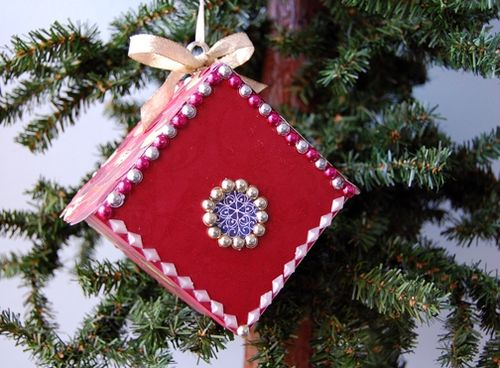 Lindsay-Obermeyer-Bird-House-Christmas-Ornament