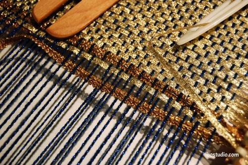 Weaving on a Knitting Loom or Knitting Board (serendipity)