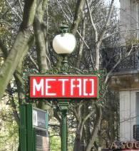 C_lindsay_obermeyer_paris_metro_1